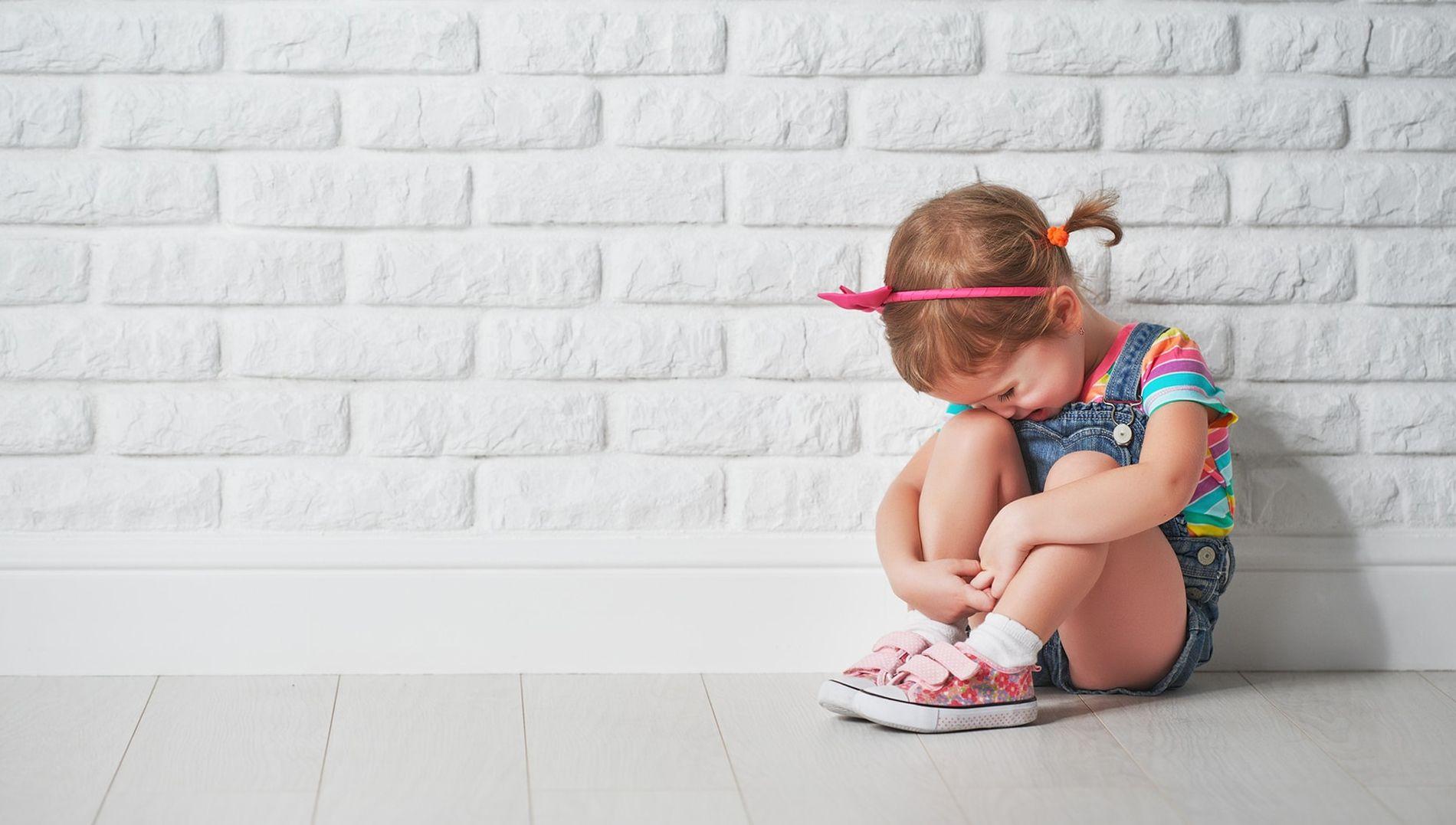 Отправки почтовых, смешная картинка девочка плачет